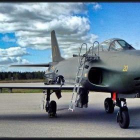 ... Swedish airplanes ...