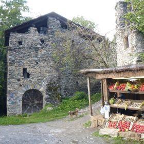 Vecchio villaggio a Tirano (SO)