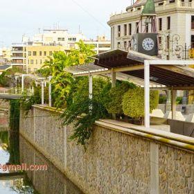 Orihuela, Spain: Mid Age Market